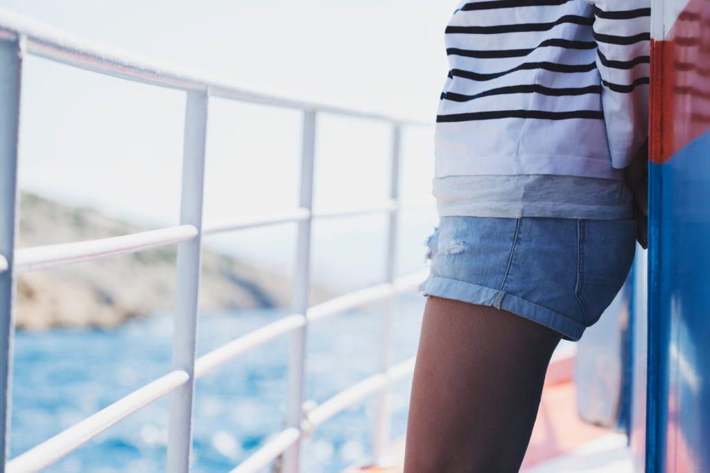 styl marynarski dla minimalisty