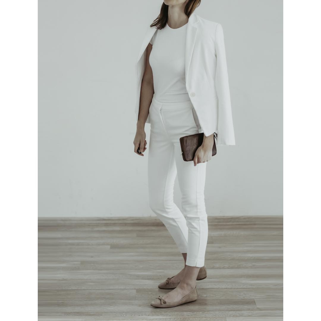 idealny biały t-shirt